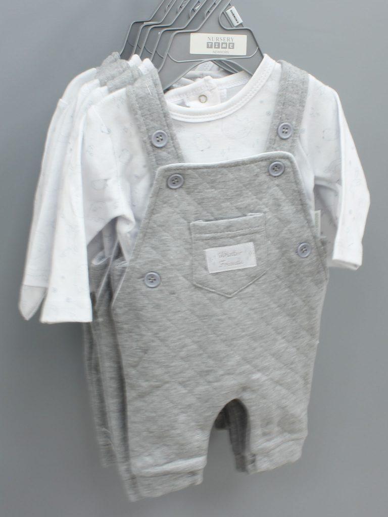 Wyatt grey baby suit two piece set £11.00