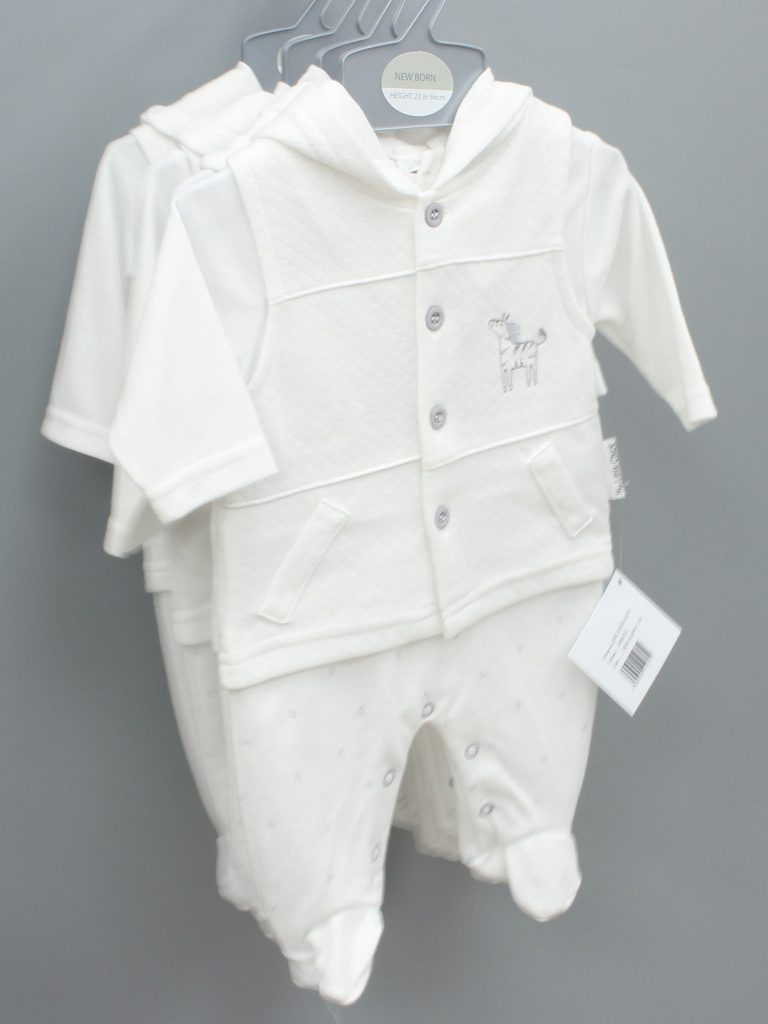 Dylan white baby suit three piece set £14.00