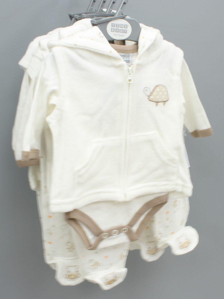 Julian cream baby suit three piece set £13.00