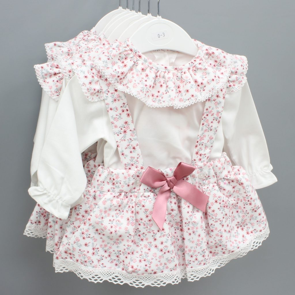 Kinsley cream Spanish baby suit £20.00